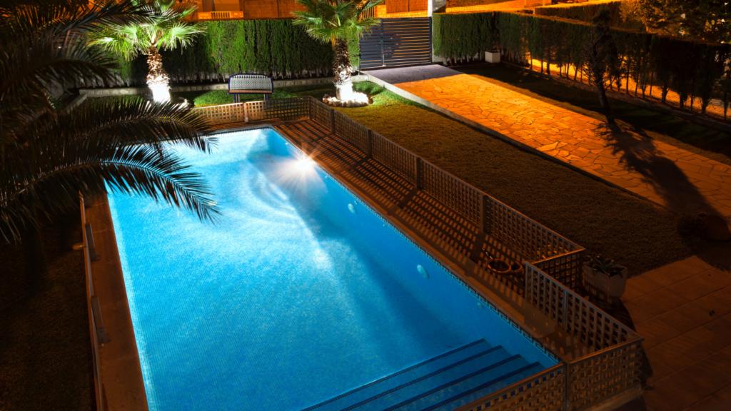 Accessori piscina: illuminazione