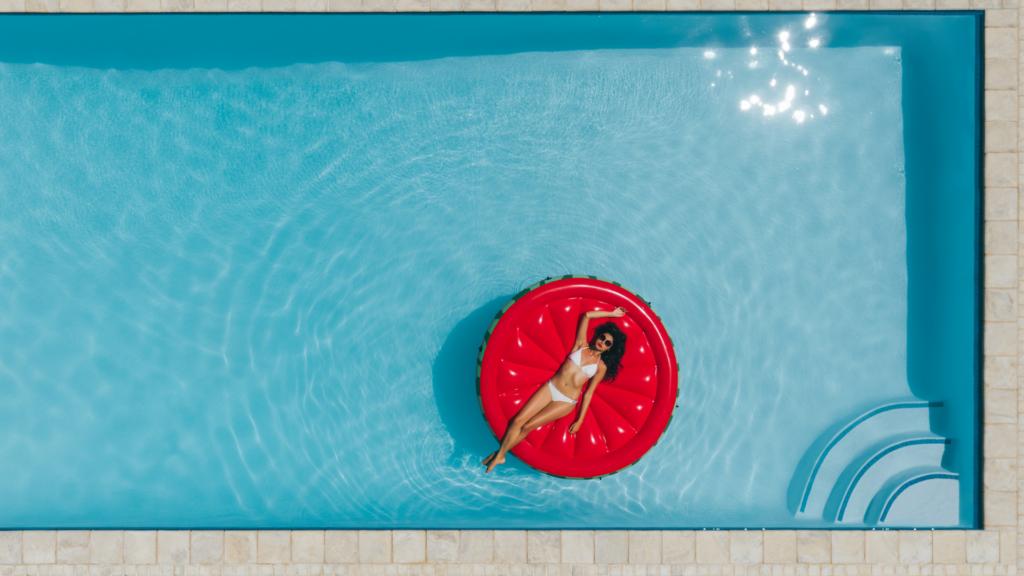 Documentazione e permessi per piscina